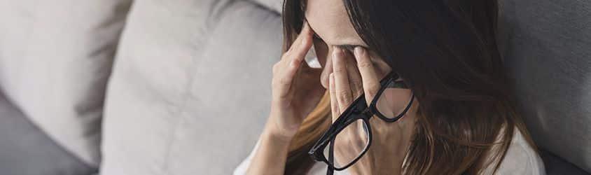 Toro Pujol Abogados | Juez reconoce incapacidad permanente total a trabajadora óptica por Neuralgia de Arnold bilateral